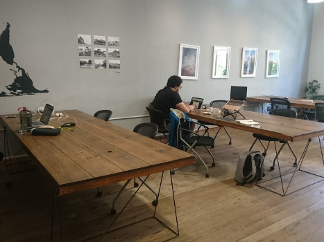 Hotdesks at Spin Street House coworking